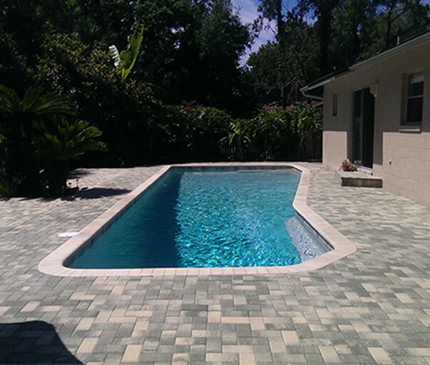 Deck/Lanais Resurface & Pavers